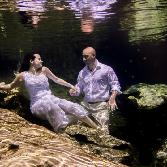 Trash the Dress Subacuático Roc´n´Love Photography