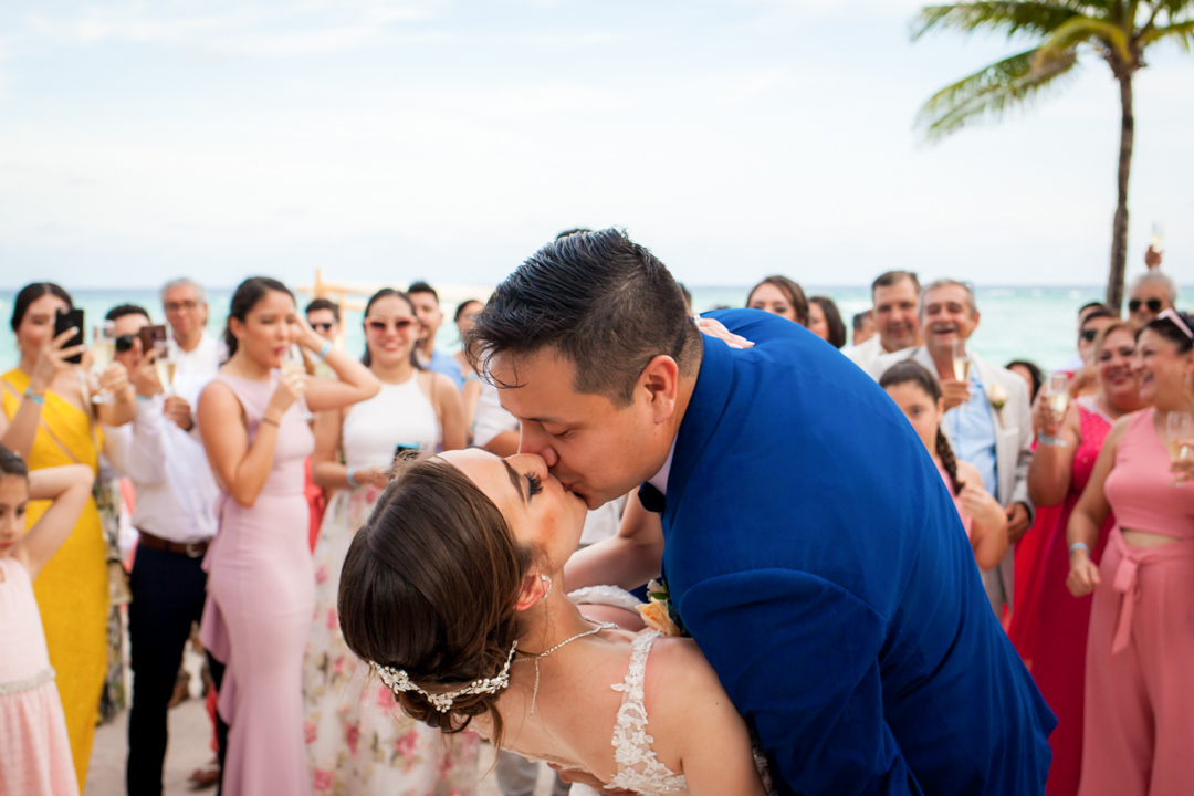 barcelo maya wedding photographer cancun