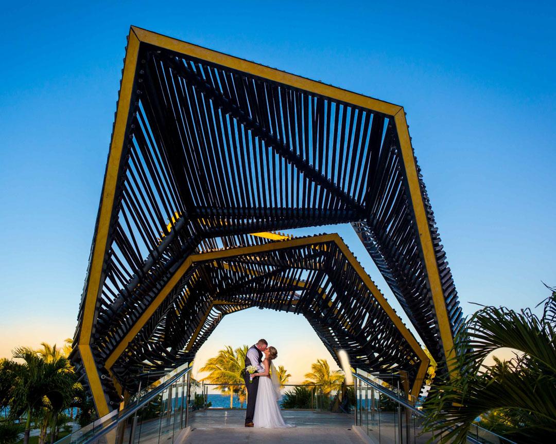 Wedding photographer Royalton Riviera Cancun