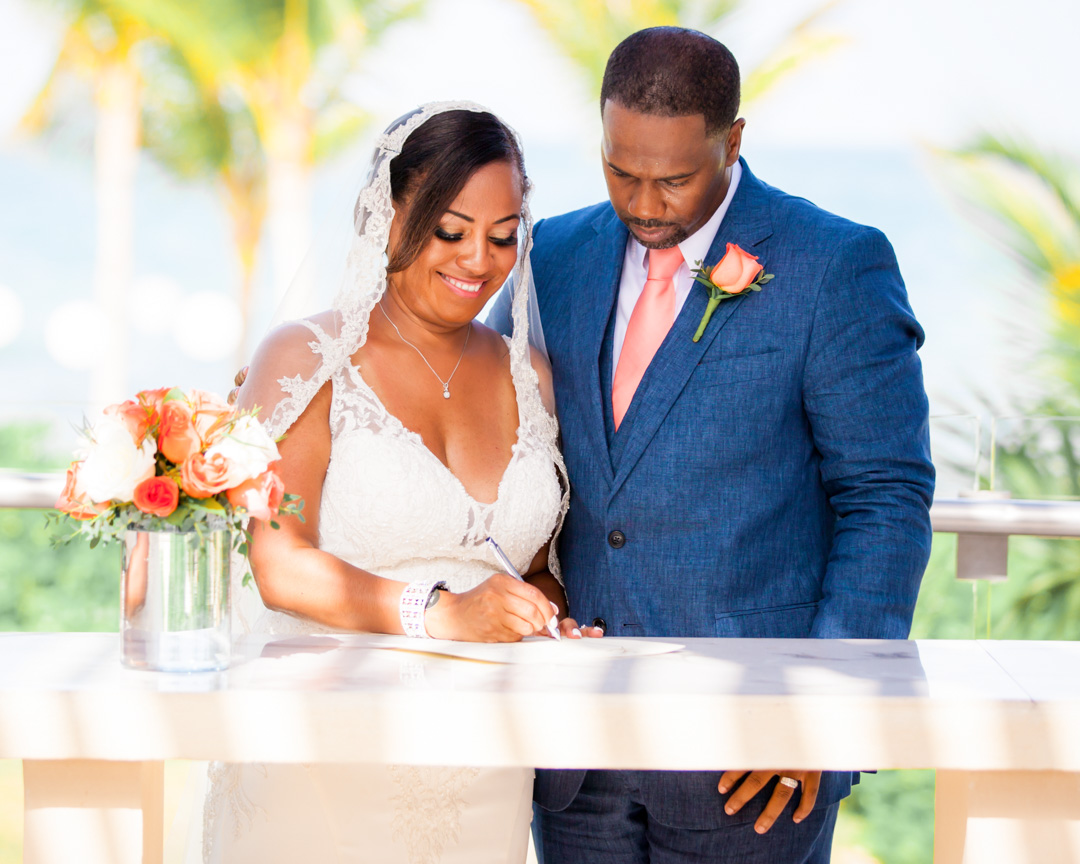 Wedding photographer Royalton Riviera Cancun